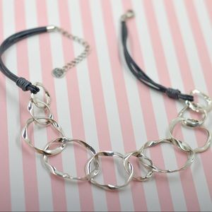 Jewelry - Solve Circle Statement Necklace